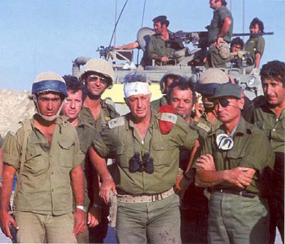 Ariel Sharon and Moshe Dayan